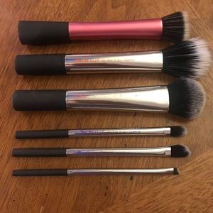 Real Technique Makeup Brushes (6)